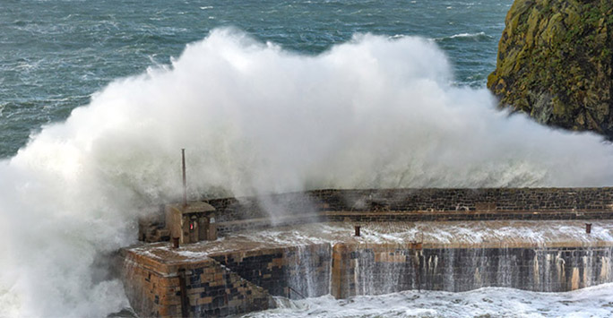 Coast line being hit by large waves