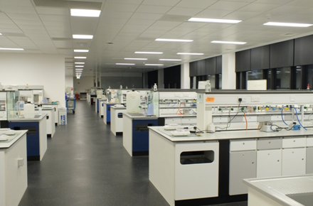 General Chemistry Laboratory - Central Teaching Hub at the University of Liverpool