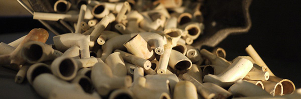 A pile of clay pipes