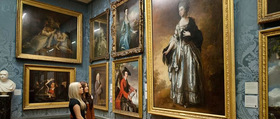 Students at an art gallery. Image courtesy of National Museums Liverpool.