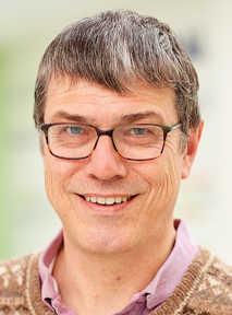 Photo of Professor Simon Hands