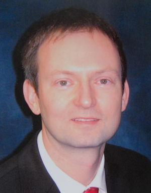 Photo of Dr Thomas Teubner