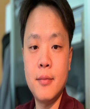 Photo of Dr Linglong Yuan