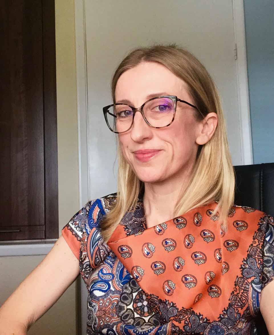 Photo of Dr Emma Moreton