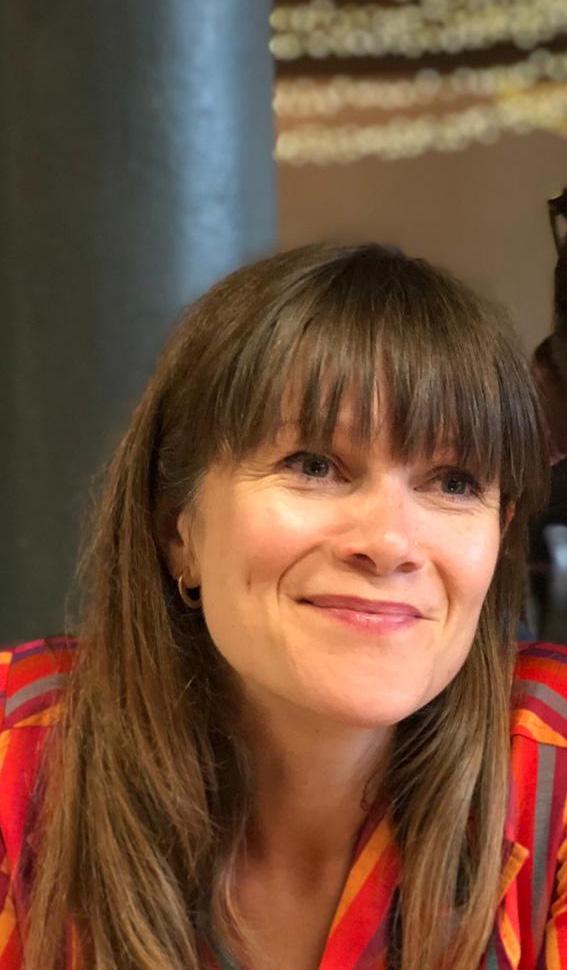 Photo of Dr Sophie Oliver