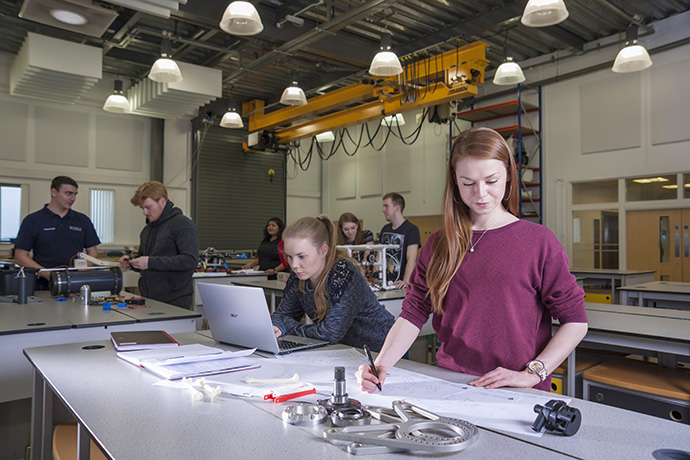 Students studying engineering at the University of Liverpool